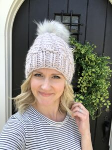 Women's Hat Knitting Pattern